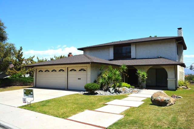 1453 Honey Hill Rd., El Cajon, CA 92020
