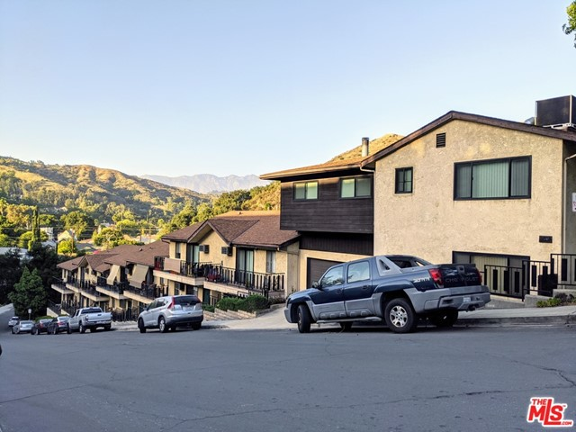 Photo of 2022 Eleanore Drive, Glendale, CA 91206