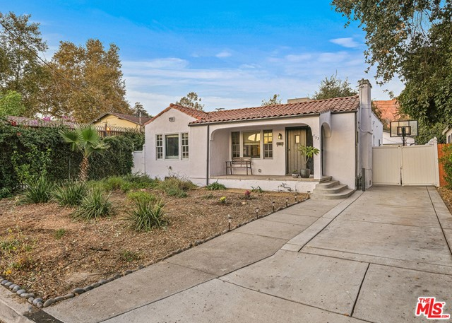 Photo of 733 Royce Street, Altadena, CA 91001