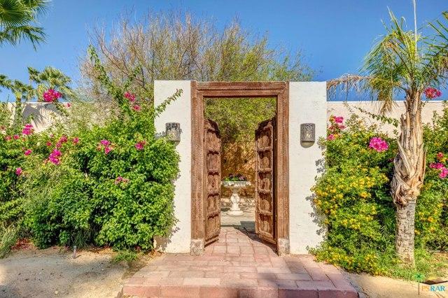 1240 Via Monte Vista, Palm Springs, CA 92262
