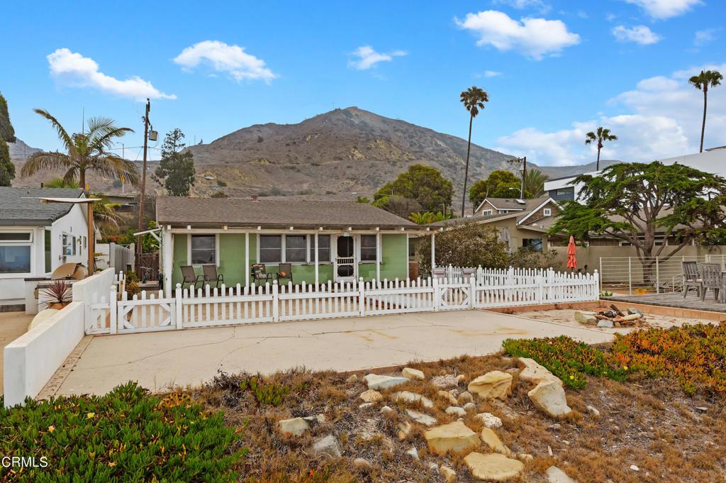 Photo of 5508 Rincon Beach Park Drive, Ventura, CA 93001