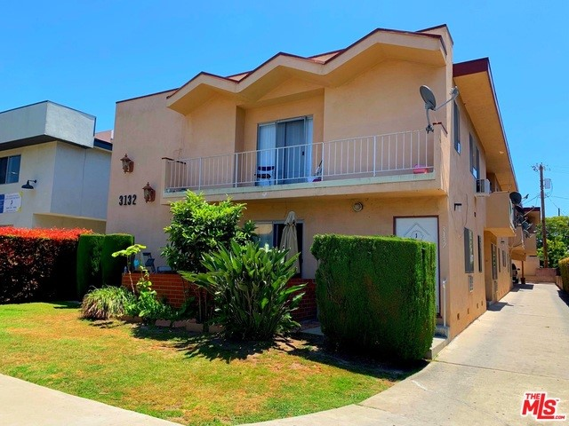 3132 S CANFIELD Avenue, Los Angeles, CA 90034