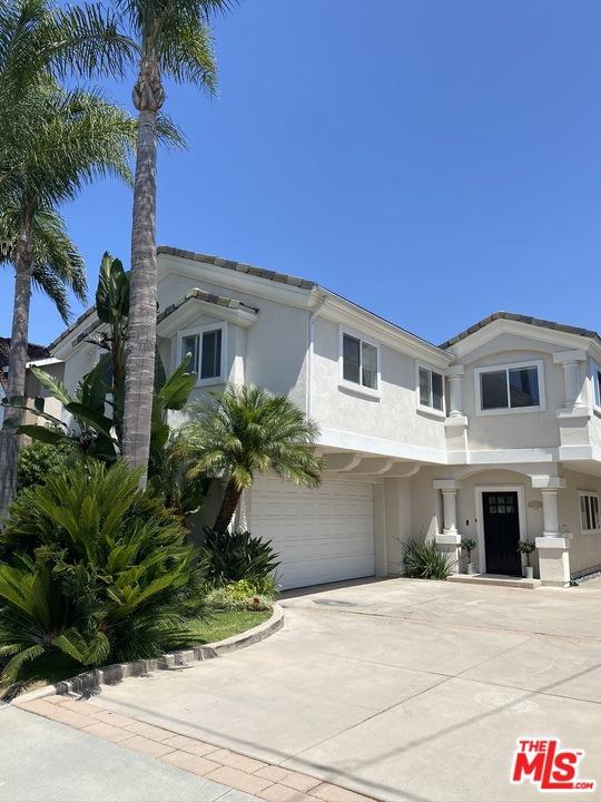 2207 Voorhees Avenue A, Redondo Beach, CA 90278