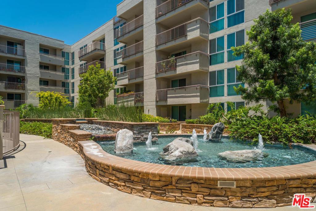 267 SAN PEDRO Street, Los Angeles, California 90012, 2 Bedrooms Bedrooms, ,2 BathroomsBathrooms,Residential,Condominium,For Sale,SAN PEDRO,21786660