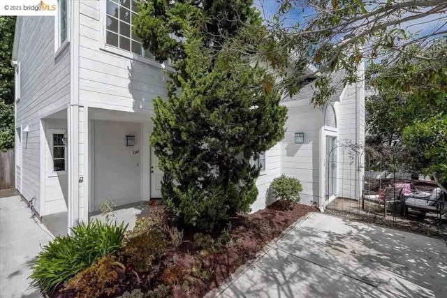 27. 1147 Hearst Ave. Berkeley, CA 94702