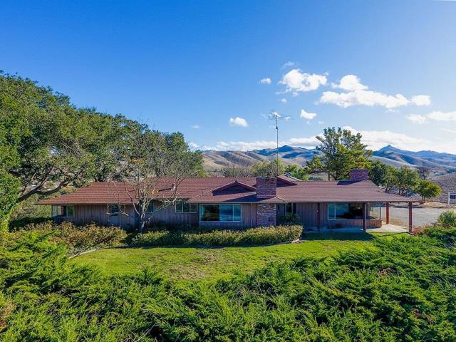 1308 Comstock Road, Hollister, CA 95023