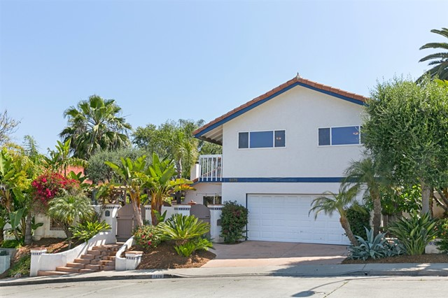 6875 Ridge Manor Dr., San Diego, CA 92120