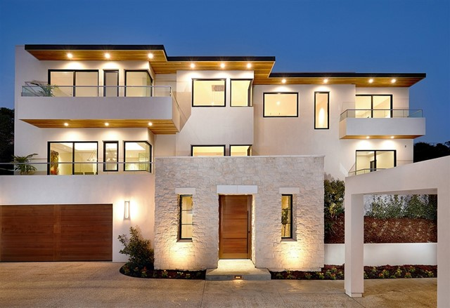 6349 Castejon Drive, La Jolla, CA 92037