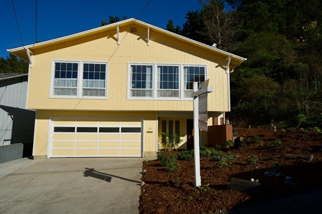 351 Reichling, Pacifica, CA 94044