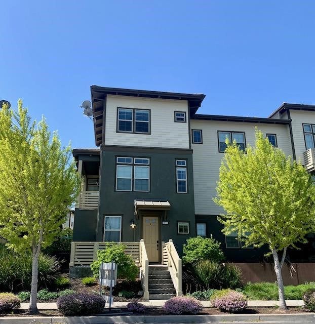 2840 Saratoga Drive San Mateo, CA 94403