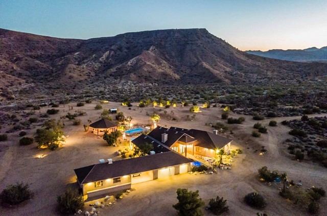 3569 Calmada Rd, Pioneertown, CA 92268 Photo