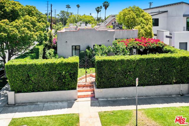 2. 750 N Curson Avenue Los Angeles, CA 90046