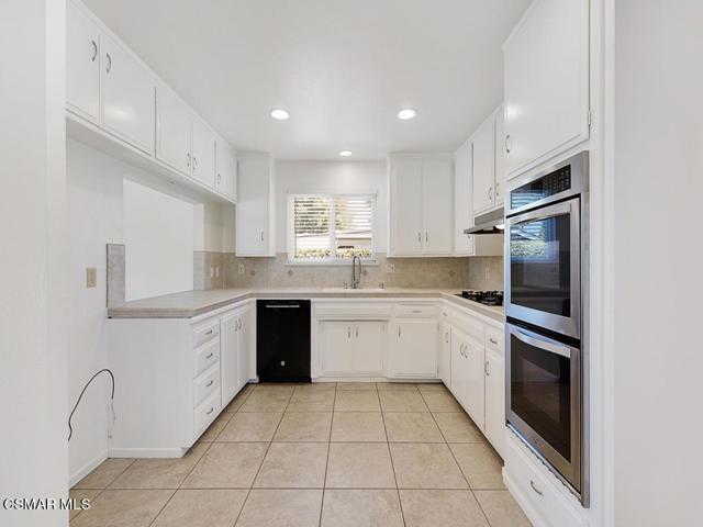 12. 187 Teasdale Street Thousand Oaks, CA 91360