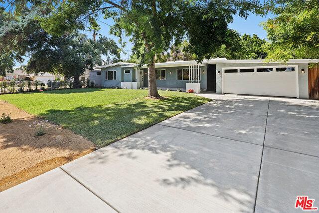 15855 GAULT Street, Lake Balboa, CA 91406