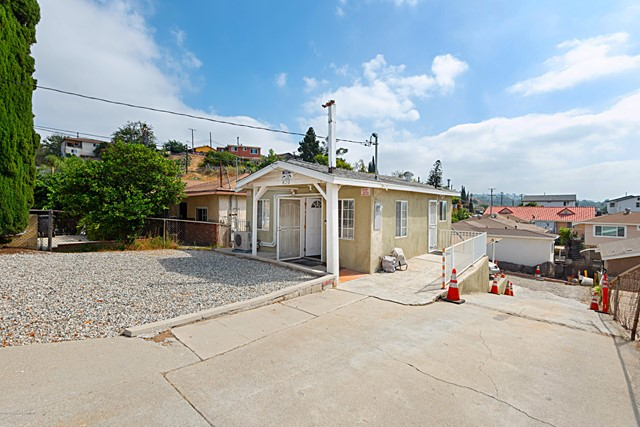 820 N Brannick Avenue, Los Angeles, CA 90063