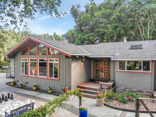22108 Call Of The Wild Road, Los Gatos, CA 95033