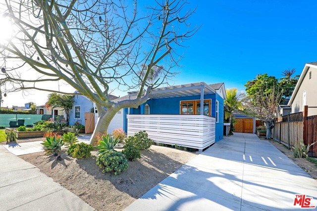 Beautifully remodeled 1938 classic bungalow style Venice Duplex delivered 100% vacant in the heart of Silicone Beach! Premium location. Many great usage options for this pride of ownership duplex: Live in one unit & rent the other, combine both units for traditional beach home or investors may choose to convert to TIC or rent both units then build SFR with guest house (LAR2 lot). Absolutely gorgeous property as is that expands with your imagination. Both units meticulously remodeled, modernized & maintained with front unit being reconfigured and remodeled as of 1/19. Nothing has been left undone in this pride of ownership home wrapped in serene and private outdoor decks with front yard & private back yard maximizing the indoor-outdoor flow. Back owner's unit offers original hardwood floors, remodeled bathroom & office/den (converted garage). Both units have own washer & dryer. Ample parking as front unit has 1 car garage with private driveway & back unit has separate driveway offering privacy along with expansive tandem parking for 2+ cars. Turnkey, ready to move-in or lease at closing. Enjoy the world-renowned Venice Beach lifestyle this summer! Just a short walk or bike ride to Abbot Kinney, restaurants, shops, entertainment & Venice beach boardwalk.  This duplex offers the urban beach lifestyle you have always dreamt of...