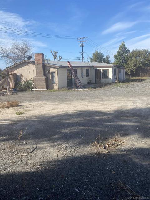 Image 3 of 709 North Ave, Vista, CA 92083