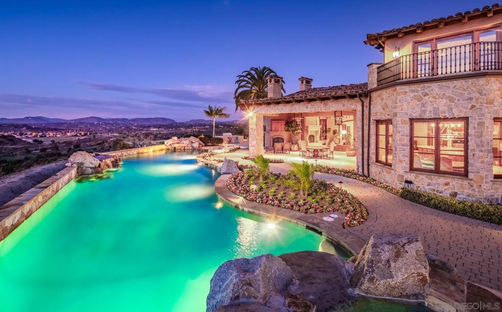 4592 Rancho Del Mar Trail San Diego, CA 92130