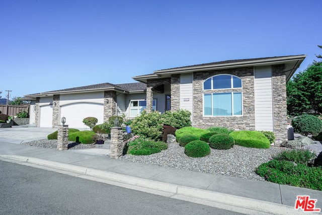 831 Chetco Point Terrace, Brookings, OR 97415