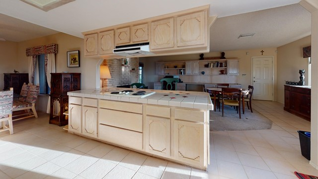 70138-Sullivan-Rd-Kitchen