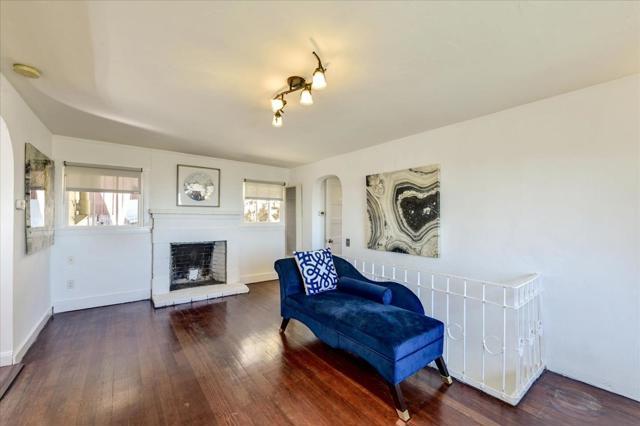 14. 245 Kings Road Brisbane, CA 94005