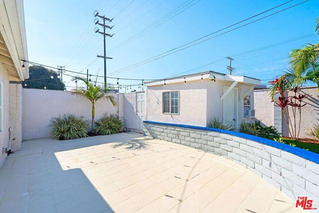 Image 19 of 8035 Kittyhawk Ave, Los Angeles, CA 90045