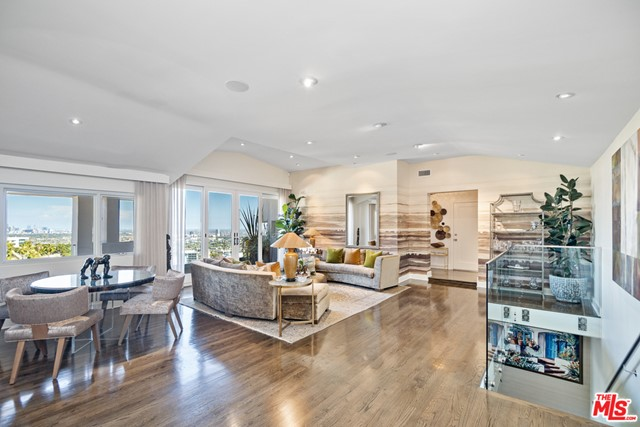 4. 1478 Stebbins Terrace Los Angeles, CA 90069