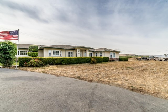 391 Union Road, Hollister, CA 95023