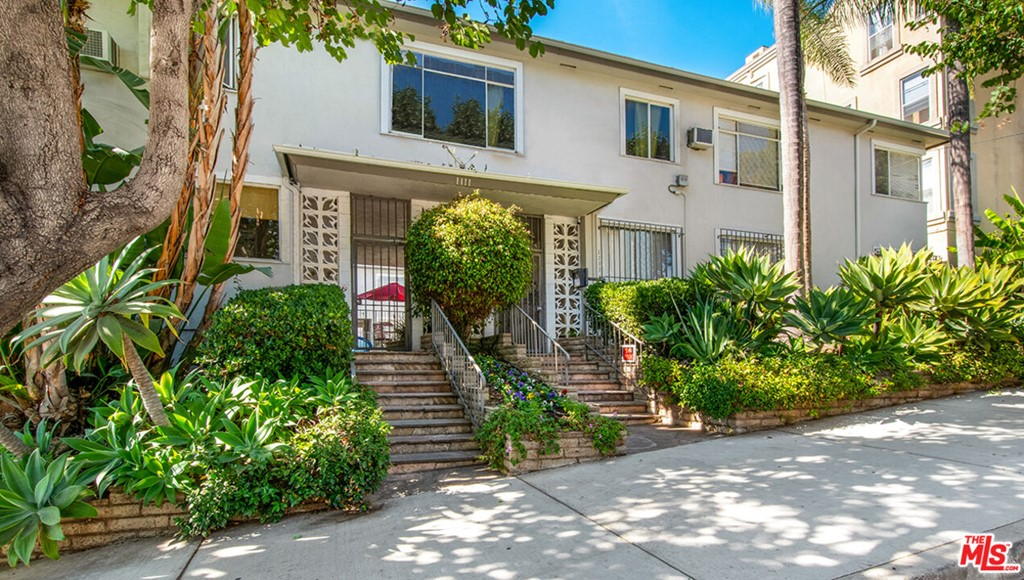 Photo of 1111 Larrabee Street, West Hollywood, CA 90069
