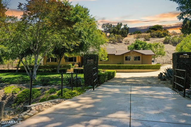 51. 202 Sundown Road Thousand Oaks, CA 91361
