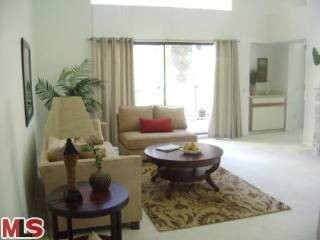420 ESPLANADE 10, Redondo Beach, California 90277, 2 Bedrooms Bedrooms, ,For Sale,ESPLANADE,08332625