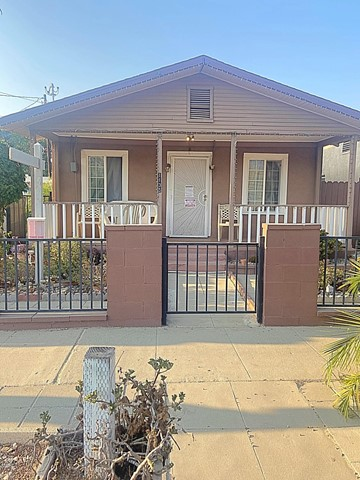 1135 E Harvard Bl, Santa Paula, CA 93060 Photo