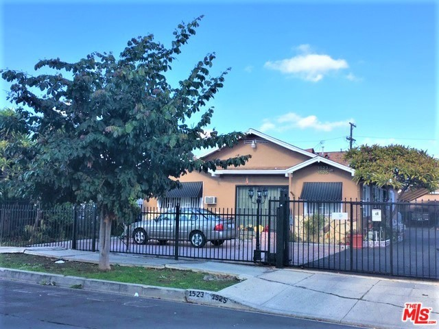 1523 W 84TH Street, Los Angeles, CA 90047