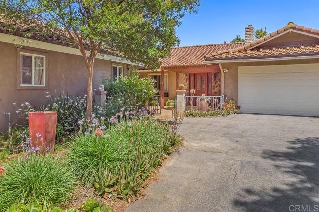 205 Calle Linda, Fallbrook, CA 92028