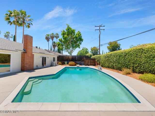 27. 187 Teasdale Street Thousand Oaks, CA 91360