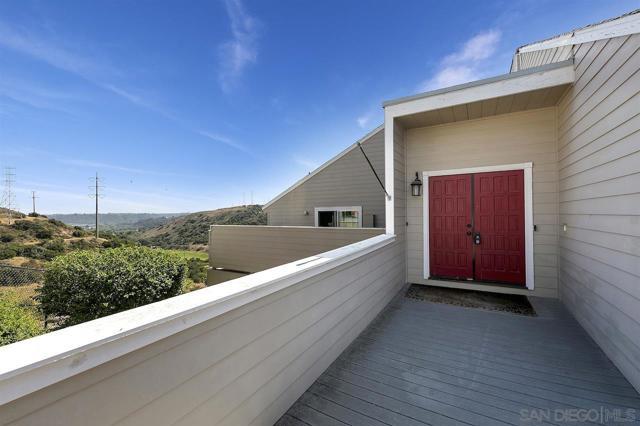 2. 10260 Viacha Drive San Diego, CA 92124