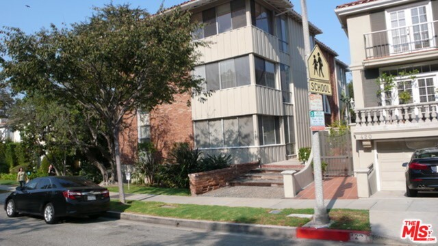 416 S SPALDING Drive 1, Beverly Hills, CA 90212