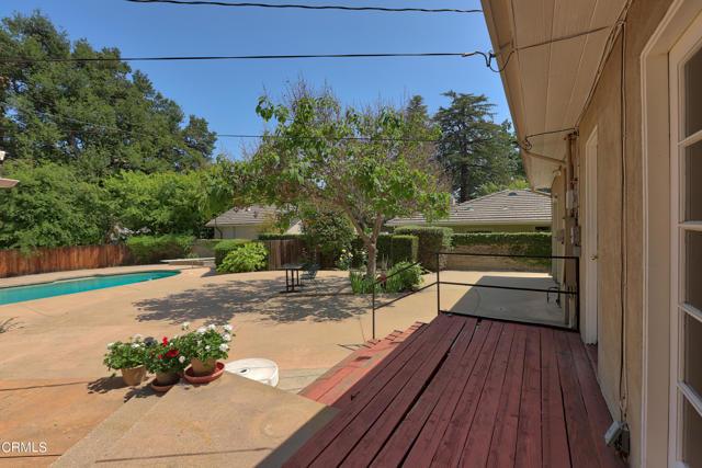 10Backyard patio2