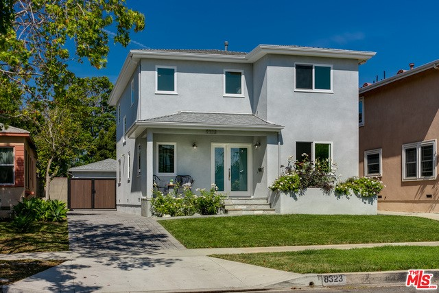 8323 HOLY CROSS Place, Los Angeles, CA 90045