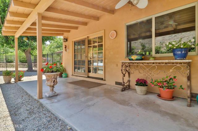 39. 202 Sundown Road Thousand Oaks, CA 91361