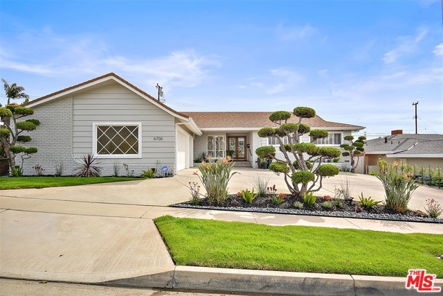 6706 SHENANDOAH Avenue, Los Angeles, CA 90056