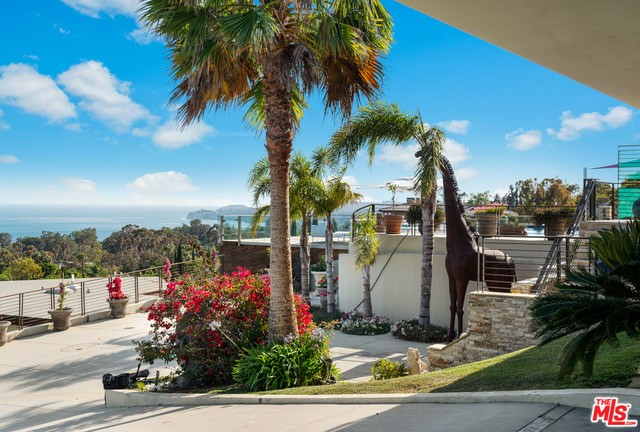 6345 Tantalus Drive Malibu, CA 90265