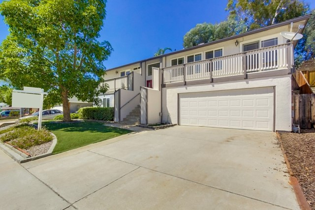 10272 Easthaven Dr, Santee, CA 92071