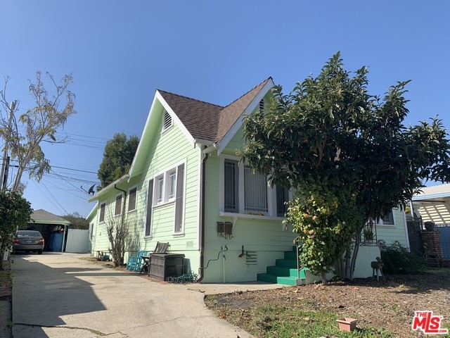 3635 GREENFIELD Avenue, Los Angeles, CA 90034