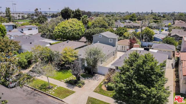 44. 8104 Gonzaga Avenue Los Angeles, CA 90045