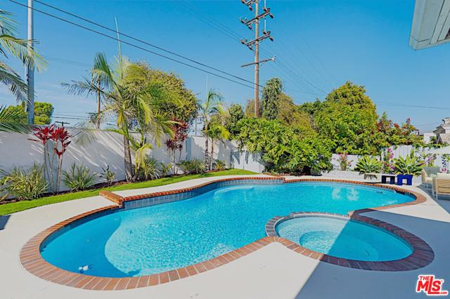 Image 3 of 8035 Kittyhawk Ave, Los Angeles, CA 90045