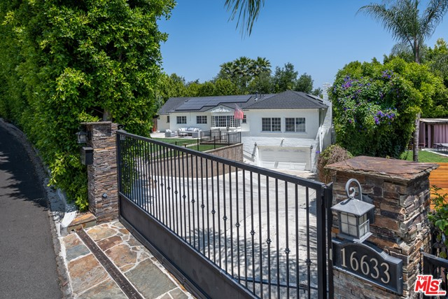 2. 16633 Oak View Drive Encino, CA 91436