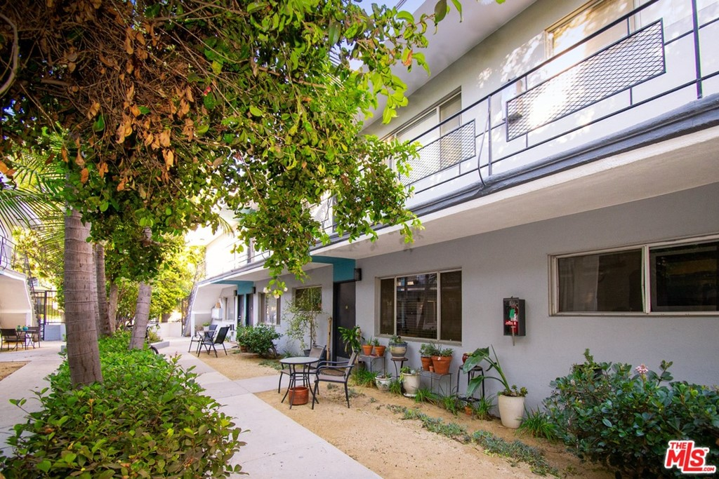 Photo of 2727 Abbot Kinney Boulevard, Venice, CA 90291