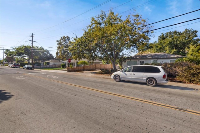 Image 12 of 945 Thornton Way, San Jose, CA 95128
